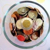Aumenta a jogar dinheiro crescer suas economias
