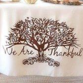 12 artigos exclusivos, você deve ter para a sua mesa de Ação de Graças