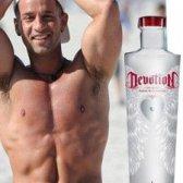 """""""Vodka Bodybuilder"""" dopado caseína e shilled por """"a situação"""""""