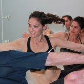 ação de classe: Oi yoga