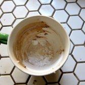 Comentar copos limpos de manchas de café