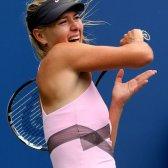 Como obter jogador de ténis profissional de armas sem uma raquete