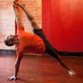 programa de ioga Exhale recebe um estilo costa oeste shake-up