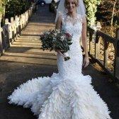 Middlesbrough noiva passa 200 horas trabalhando em seu one-of-a-kind vestido de casamento