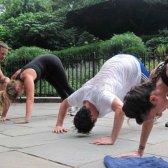 Mente-corpo campos de treinamento: uma nova geração de amor dura