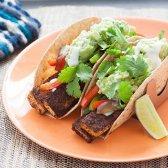 fajitas do tofu com guacamole e trigo integral tortillas [receita]