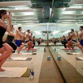 Yoga para pessoas vai mudar a sua sequência Bikram deixar para o bem