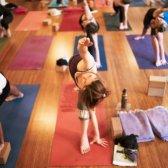 Você está convidado para a vida aniversário segundo yoga